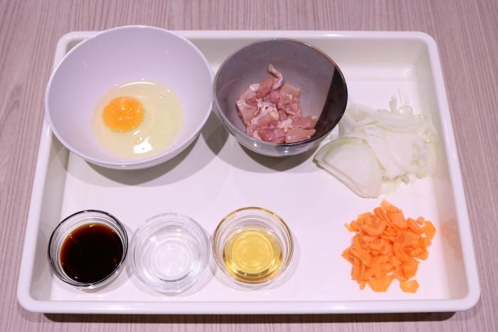 卵とじ丼の材料