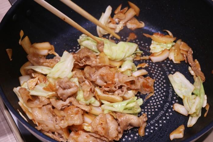 生姜焼きが炒めおわったところ