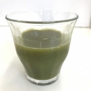 ユーグレナの緑汁の水溶きドリンク
