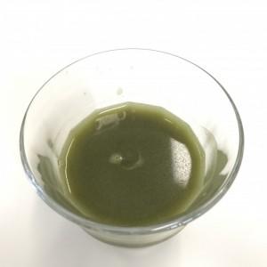 ユーグレナの緑汁を水溶きでドリンクを作ったところ