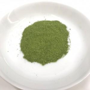 ノコギリヤシ青汁の粉末の様子