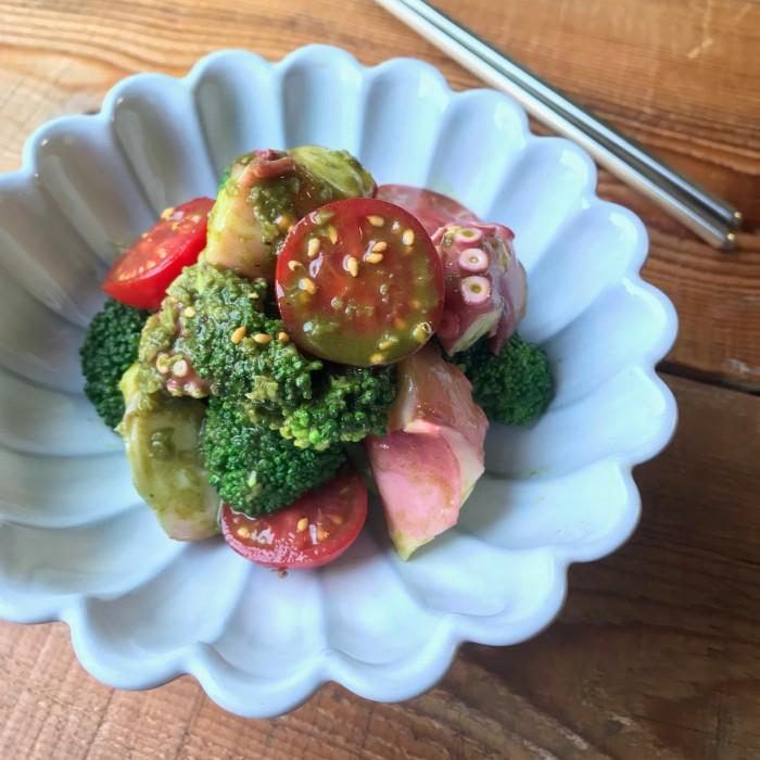 たことブロッコリーのグリーンソースサラダ【青汁ちゃん限定レシピ】のイメージ写真