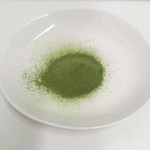 コレスケア キトサン青汁の粉末の様子