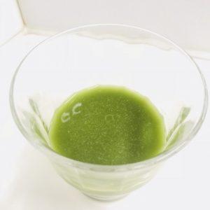 ヘルスマネージ大麦若葉青汁キトサンの水溶きドリンクをつくってみた
